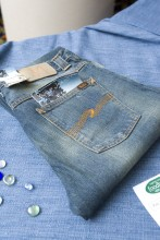 denim-auction.jpg