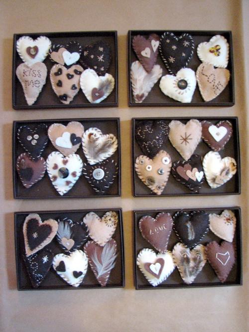 felt-hearts